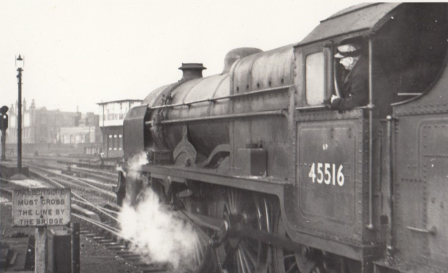 45516-train-at-manchester-exchange-in-1959-vintage-railway-photo-92865-p.jpg